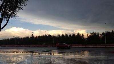 雨停天半晴