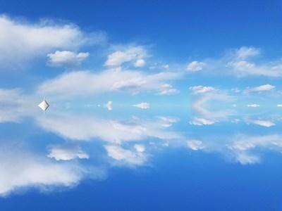 "S7 edge 之对称效果拍摄""天空之镜"""