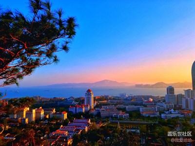 爬五老峰,看海上日落,看厦大全貌。