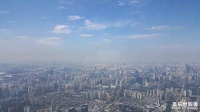 云淡风轻的日子+上海中心