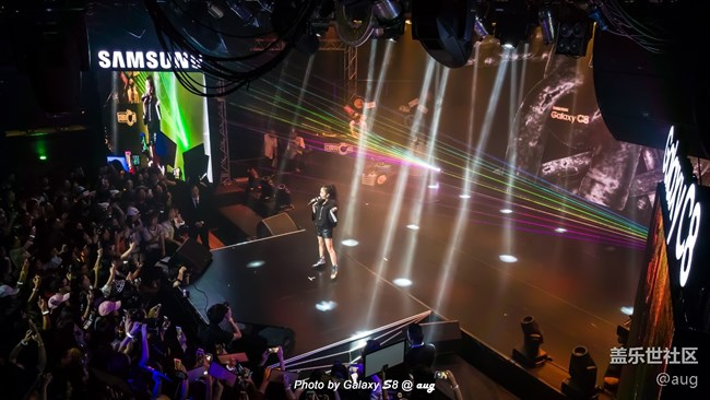 Galaxy C8 发布会嗨爆全场