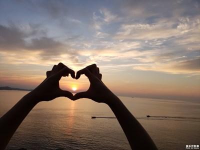 【中国最美瞬间】+海边日出