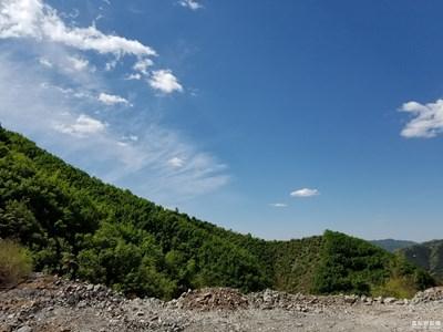 河北青龙县的一座大山