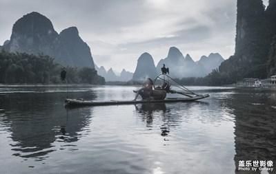 【中国最美瞬间】+山水桂林之《水墨漓江》