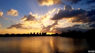 最美不过是夕阳。