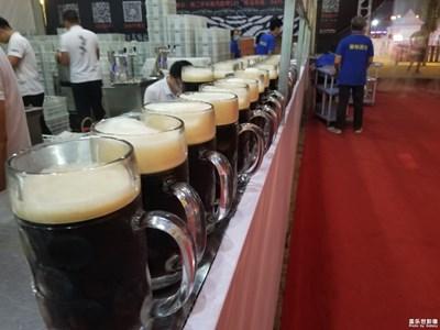 夜拍啤酒节