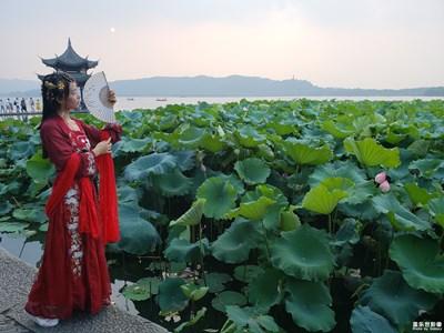 杭州西湖随拍去旅游汉服