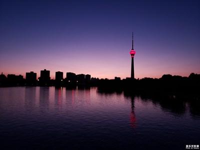【相机里的国庆】+夕阳下的央视塔