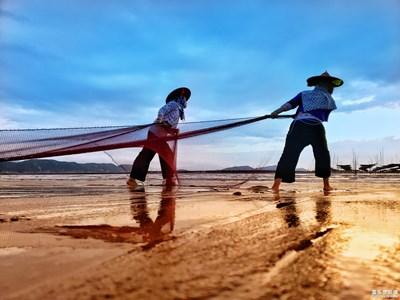 【为中国添色】+ 霞浦北兜海滩渔家女