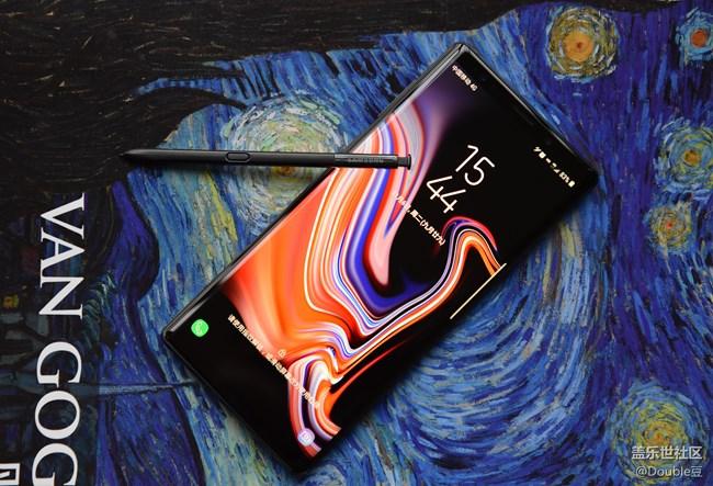 旗舰的最后坚守:三星Galaxy Note9外观简析