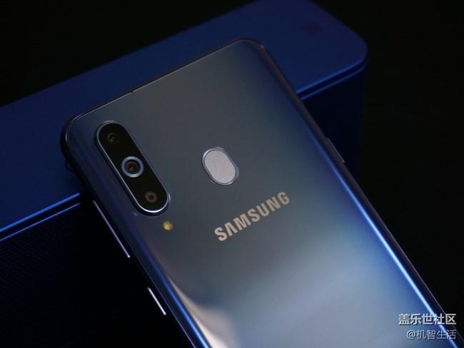 美轮美奂 原来你是这样的渐变色Galaxy A8s