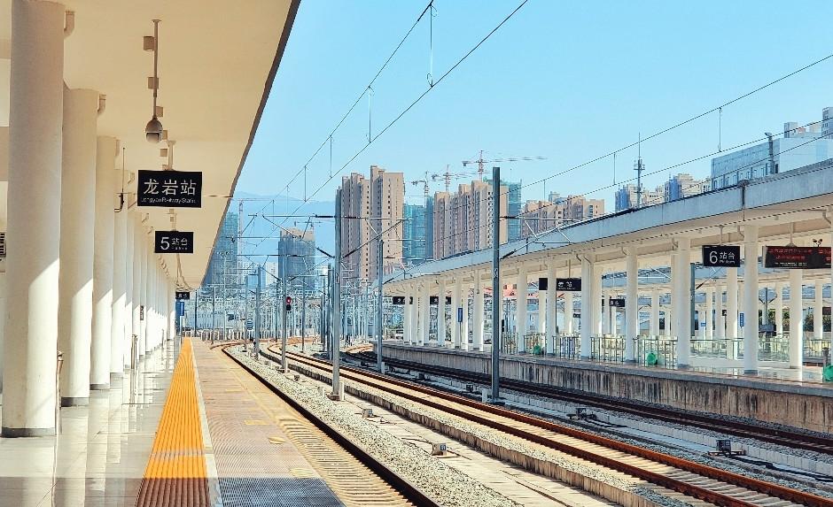 火车站/和谐号