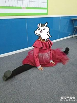 【双旦惊喜】+学生课间给我表演劈叉和下腰哈哈哈