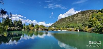丽江旅游古城和黑龙潭的美丽景色