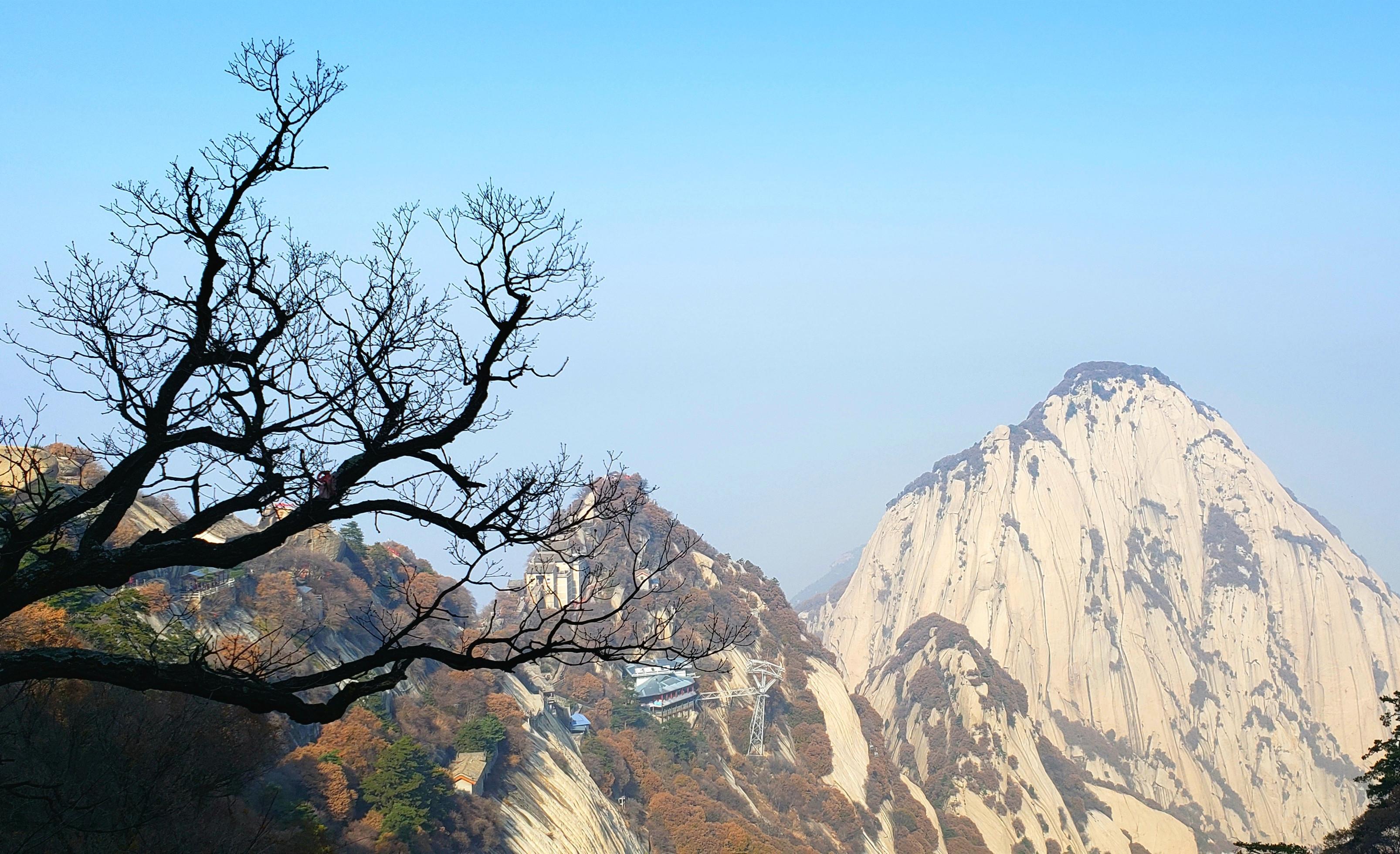 只有天在上,更无山与齐-<西岳--风光篇>