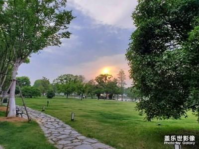 武汉东湖欢迎你