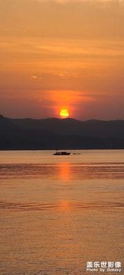 港口看日落