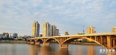 汉安 西林大桥