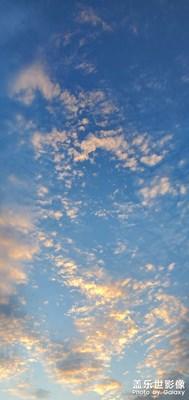 今晚的云彩给力
