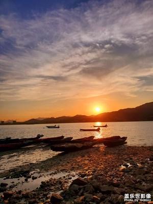 钱塘江边的日落