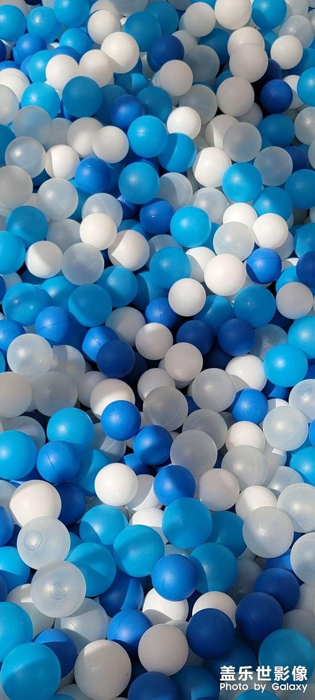夏天快来了,提前准备清爽蓝白色桌面
